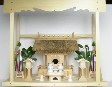神棚 茅葺一社宮 五十鈴型〈K-10〉+神具セット(フル・小)+神棚板+雲板(大)のセット